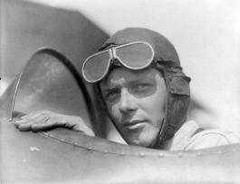 Charles-Lindbergh-wearing-helmet-with-goggles-up.jpg