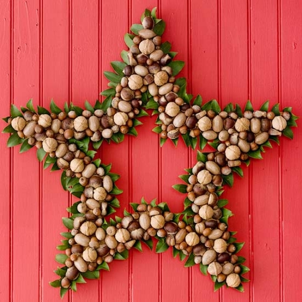 Star-shaped-Christmas-wreath-with-nuts.jpg