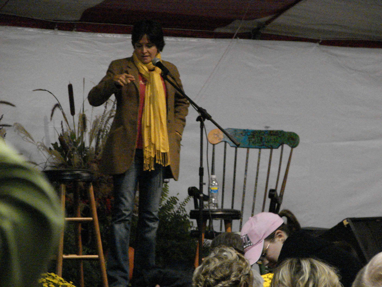 Carmen-Deedy-storyteller.jpg