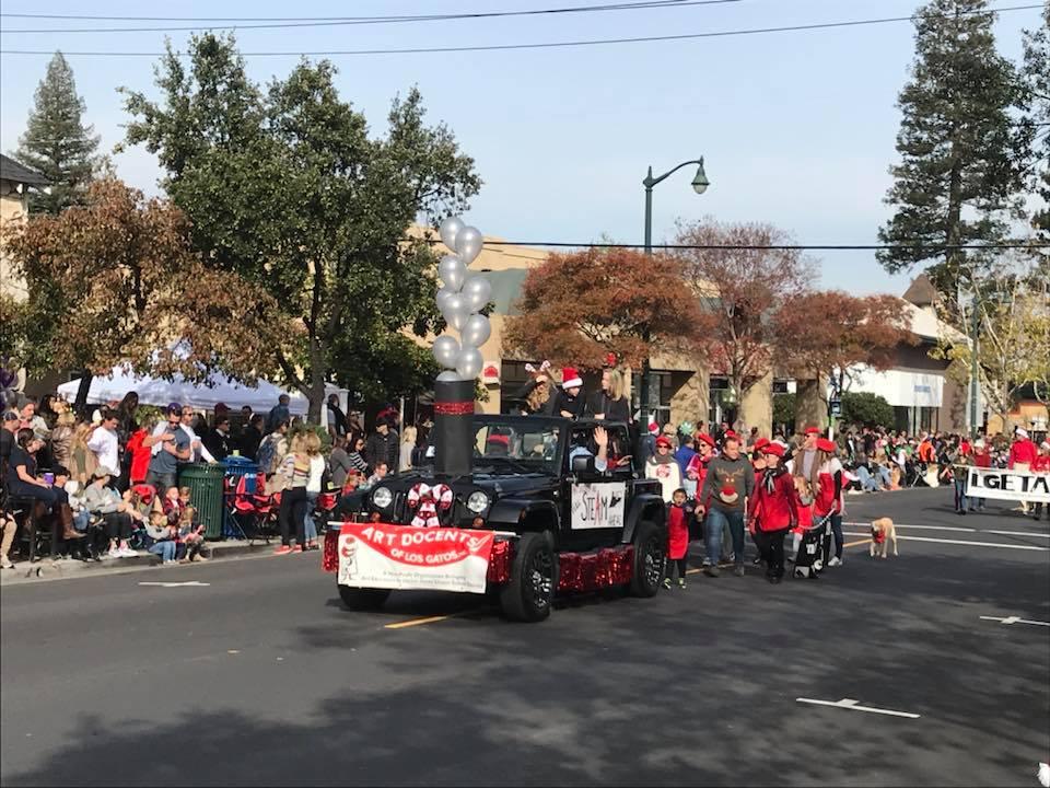2017-Holiday-Parade2.jpg