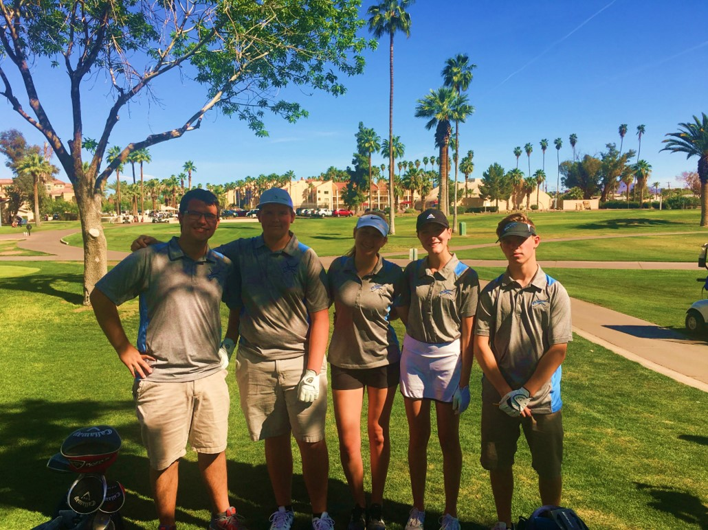 hs-co-ed-golf-team-pic.jpg