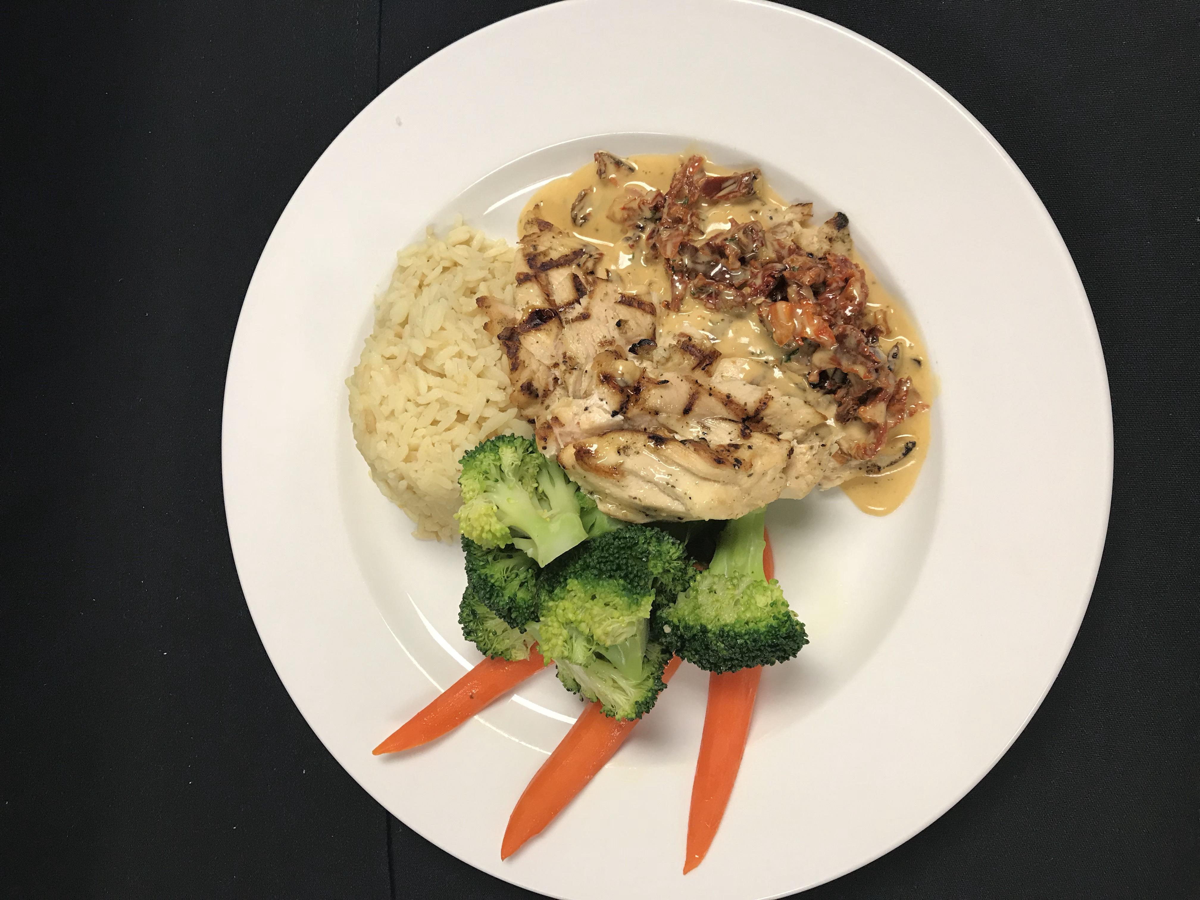 Chicken-Chardonnay-Plated-Dinner-2.jpg