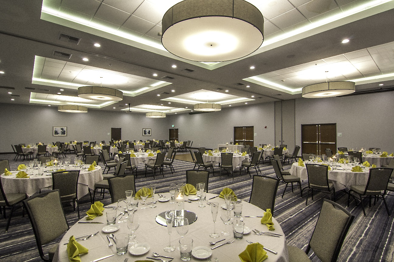Holiday-Inn-Horizon-Ballroom.jpg