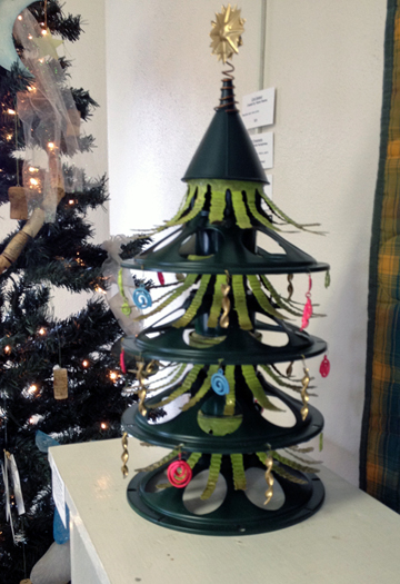 Recycled-ArtExh2016-XmasTree-edited-1.jpg