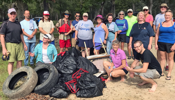 2017-Rivers-Alive-Barrington-Pk-Cleanup-GROUP-crop.jpg
